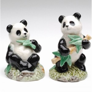 CosmosGifts Panda 2-Piece Salt and Pepper Set SMOS1448