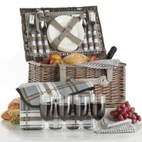 VonShef Deluxe 4 Person Traditional Wicker Picnic Basket VNSH1156